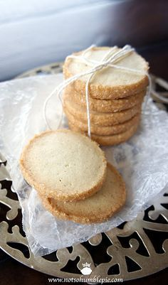 cardamom shortbread cookies--for those unskilled in metric conversions (as well as weight to volume conversions), like me, here is the version i made: 2 c. flour, 1 c. butter, 2/3 c. sugar, 3 egg yolks, 1 1/2 tsp cardamom, 1/4 tsp salt, 1 tsp vanilla