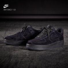 Nike Air Force 1 Patadas Bajo Triple Negro Sólo Patadas 1 Pinterest b37f62