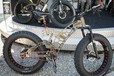 Altinsoy Manufaktur's Bees Bike at Eurobike. Photo credit: GizMag.com