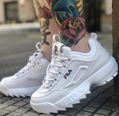 Discover recipes, home ideas, style inspiration and other ideas to try. Vans Sneakers, Air Max Sneakers, Moda Men, Kids Ethnic Wear, Skate Shoes, Nike Air Max, Sport, Footwear, Boots