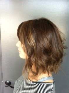 Sassy shoulder length. Cut and style by Neil George Salon stylist Alessandra Saman. Latest Haircuts, Bob Haircuts, Latest Hairstyles, Long Bob Hairstyles, Haircuts For Men, Medium Shaggy Bob, Hair Styles 2016, Long Hair Styles, Beauty Nails