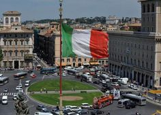 ECB/Angeloni: İtalya'nın Sorunlu Borçları Yönetilebilir - http://eborsahaber.com/gundem/ecbangeloni-italyanin-sorunlu-borclari-yonetilebilir/