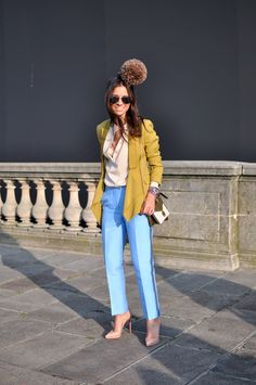 great outfit.... minus the poof!