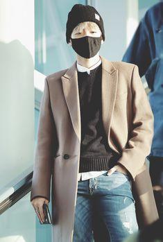 2e26e8099b Image about kpop in korea by headandsoul on We Heart It