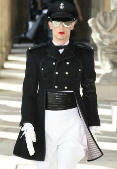 The breeches is where it's at! I can't wait to get my hands on this particular outfit! (Thom Browne menswear s/s 2014.)