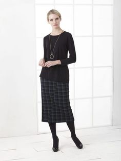 Winter 2017 Archives - Page 3 of 3 - Carmina De Young Fashion Winter 2017, Fall Winter, Young Fashion, Winter Collection, Normcore, Skirts, Style, Skirt, Skirt Outfits
