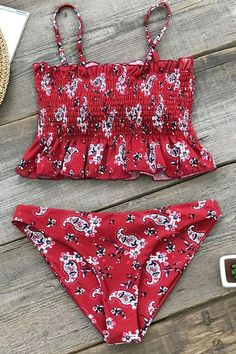 Related posts:Chicloth Badeanzug Push Up gepolsterter BH High Cut Bottoms Bademode Frauen Bikini Set 4 Experiment Summer Bathing Suits, Cute Bathing Suits, Paisley, Bikini Swimwear, Bikini Tops, Swimwear Sale, Bandeau Swimsuit, Kids Swimwear, Bikini Floral