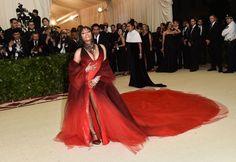 Met Gala Rihanna, Blake Lively and More on the Red Carpet (Photos) Nicki Minaj Fashion, Nicki Minaj Outfits, Nicki Minaj Barbie, Beyonce, Rihanna, Nicki Minaj Wallpaper, Best Rapper Ever, Bridesmaid Dresses, Wedding Dresses