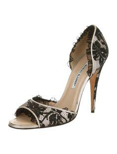 Manolo Blahnik Pumps - Shoes - MOO23004 | The RealReal