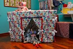 Transforme a mesa de jantar em uma cabana para seu filho brincar - Gravidez e Filhos - UOL Mulher