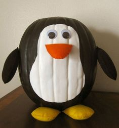 Everyone does ghosts, vampires and witches as Halloween decorations, but how about penguins? Here is a cool and fun tutorial to make a Halloween Penguin out of a foam pumpkin: Materials Needed: foam pumpkin black acrylic paint white acrylic. Pumpkin Art, Cute Pumpkin, Pumpkin Crafts, Fall Crafts, Holiday Crafts, Holiday Fun, Pumpkin Painting, No Carve Pumpkin Ideas, Pumpkin Stem
