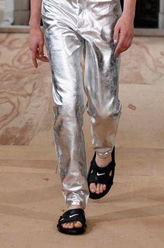 high fashion x Nike slip is super hot! gangsta style