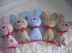 Fabric Toys, Felt Fabric, Fabric Crafts, Felt Bunny, Easter Bunny, Easter Projects, Easter Crafts, Sewing Toys, Sewing Crafts