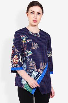 Arjuna Weda Blouse Batik Dobby Parang Kembang  Biru