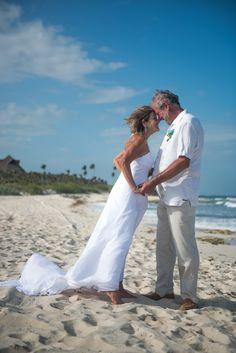 Beach Wedding in Playa del Carmen. Wedding Photography in Riviera Maya, WeddingDayStory, Destination Wedding Photography in Mexico, Costa Rica and Dominican Republic. Celebrating the Simple Romance of Weddings in the Sun. Visit us!  www.weddingdaystory.com