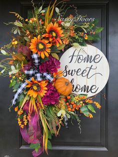 Custom And Unique Door Wreaths Easy Fall Wreaths, Diy Fall Wreath, Summer Wreath, Holiday Wreaths, Wreath Ideas, Winter Wreaths, Spring Wreaths, Autumn Wreaths For Front Door, Holiday Decor