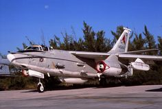 """ERA-3B Skywarrior 146447/GD-101 of VAQ-33 US Navy  The Whale was carrier-launched and had no ejection seats.  The A3-D was affectionately known as """"All 3 Dead""""."""