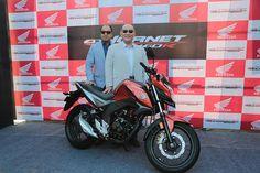 Honda CB Hornet 160R goes on sale at Rs.79,900 http://blog.gaadikey.com/honda-cb-hornet-160r-goes-on-sale-at-rs-79900/