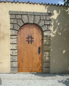 #roundtopdoors #archedtopwooddoors #modernexteriorfrontdoors Round Door, Exterior Doors, The Rock, San Antonio, Celtic, Cottage, Rocks, Workshop, Image