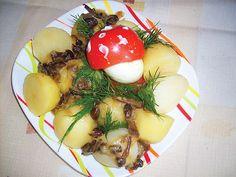 Smažené václavky s brambory a vajíčkovou vochomůrkou Pesto, Panna Cotta, Eggs, Chicken, Breakfast, Ethnic Recipes, Food, Morning Coffee, Dulce De Leche