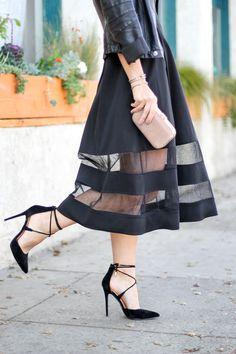Kathleen of Carrie Bradshaw Lied wearing Aidan Mattox Shadow Stripe cocktail dress @AidanMattox