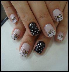 Black & white polka dots and bows Gelish Nails, Nail Manicure, Cute Nails, Pretty Nails, Hair And Nails, My Nails, Feather Nails, Nail Time, Nails Only