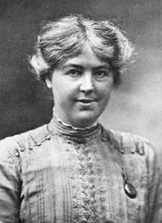 La abogada, feminista y pacifista Jessie Chrystal MacMillan (1872–1937) nació un 13 de junio.