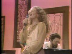 "Carole King ""I Feel The Earth Move"" - YouTube 40s Music, Folk Music, Dulcimer Music, Eric Johnson, Carole King, Smooth Jazz, Last Dance, Forever Grateful, Gospel Music"