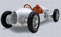 Increíble auto eléctrico para niños.   Quiero más diseño