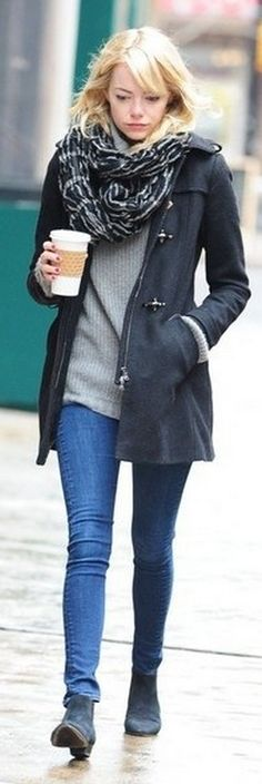 Who made  Emma Stone's blue coat?