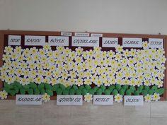 Kadınlar Günü kutlu olsun bulletin board idea Montessori, Elf, Origami, School, Frame, Kids, Murals, Picture Frame, Young Children