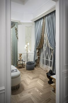 Chicca Orlando Italian #craftsmanship, #curtains, #madeinitaly Find out more here www.chiccaorlando.com #salonedelmobile