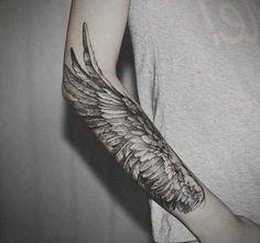 kartal kanadı kol dövmesi