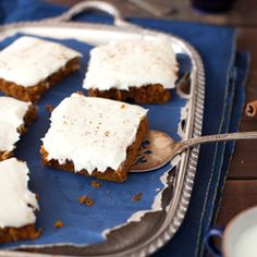 Honey Pumpkin Bars with Cream Cheese Icing at Cooking Melangery--- I'm going to make this one gfree and no sugar- it's gonna be yummy! Pumpkin Pie Mix, Pumpkin Bars, Pumpkin Dessert, Pumpkin Pumpkin, Just Desserts, Delicious Desserts, Yummy Food, Cream Cheese Icing, Dessert Bars