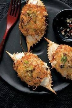 Here's a New Orleans stuff crab recipe below with some of my healthier eating interpretations. Sarah Vaughn's Favorite New Orleans stuff crab recipe-travel culinary: Sarah Vaughn Loved Dooky Chases Stuffed Crabs Cajun Recipes, Fish Recipes, Seafood Recipes, Cooking Recipes, Haitian Recipes, Donut Recipes, Creole Cooking, Cajun Cooking, Cajun Food