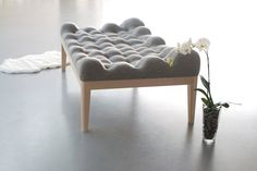 upholstered daybed project 3 Highly Inviting Upholstered Daybed: Kulle by Stefanie Schissler Canapé Design, Deco Design, House Design, Interior Design, Upholstered Daybed, Bedding Master Bedroom, Take A Seat, Bed Styling, Cool Beds