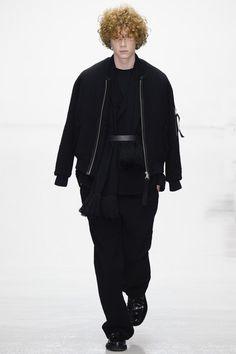Matthew Miller Fall 2016 Menswear Collection Photos - Vogue
