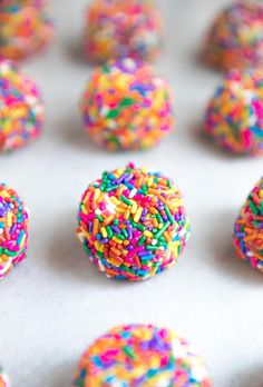 Sprinkle Confetti Cookies