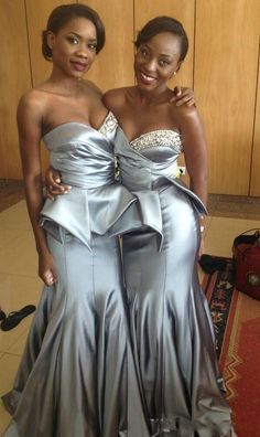 Silver Bridesmaid Dresses Cheap Sweetheart Peplum Beads Sequins Mermaid Wedding Party Dresses Pleats Ruffles Customized Bridesmaid Gowns