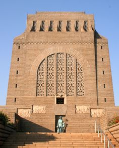 The Voortrekker Monument is located just south of Pretoria in South Africa. This massive granite structure is prominently located on a hilltop, and was raised to commemorate the Voortrekkers who left the Cape Colony between 1835 and 1854 Cape Colony, African States, Visit South Africa, National Symbols, Kwazulu Natal, Kruger National Park, Pretoria, African Animals, African History