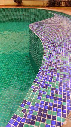 piscina com vazamento piscina abandonada piscina precisando de ucuma cara