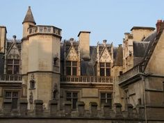 Cluny France, Monuments, Latin Quarter, Paris Hotels, Places Ive Been, Medieval, To Go, Louvre, Mansions