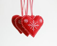 Red Felt Heart, Christmas Ornament, Red Heart Snowflakes, Heart Decoration, Xmas Tree Ornament, Xmas decor, Christmas Decor, Red Heart,Heart by LorenzaPari on Etsy