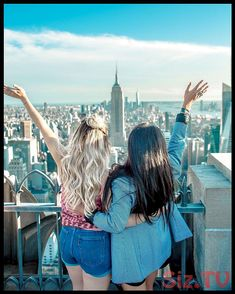 two women hands on their back while raising their hands facing Empire State building Photo by courtmarie on Unsplash Image Page 97567 Family Beach Pictures, Bff Pictures, Best Friend Pictures, Summer Pictures, Beach Photos, Female Pictures, Friend Photos, Female Images, Free Pictures