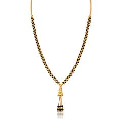 The uniquely linked design of this 22kt yellow gold mangalsutra can be worn with any dress or saree.