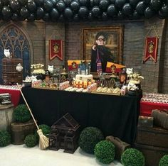 34 Ideas For Birthday Cake Baby Harry Potter Cumpleaños Harry Potter, Harry Potter Birthday, Harry Potter Fiesta, Anniversaire Harry Potter, Harry Potter Baby Shower, Dinner Themes, Halloween, 12th Birthday, Cake Birthday