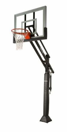 Mega Slam 660 installed on a driveway court. Professional