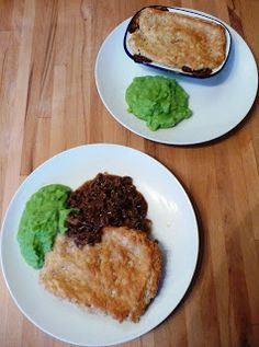 Lancashire Food: Suet crust topped minced beef and onion pie