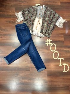 Today #ootd is the perfect back too school outfit!!! Stylish, comfortable, and fabulous!!! What more could a girl need!!! Come get yours today at Moda me boutique!!! #cute #back #to #school #loveit #LongviewTexas
