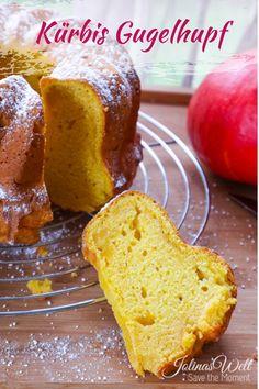 Ein schnelles und einfaches Kürbis Kuchen Rezept, das super saftig und lange frisch schmeckenden Kuchen verspricht. Natürlich kann man auch eine andere Form nutzen als Gugelhupf. Schmeckt der ganzen Familie bei uns. #kürbis #kuchen #rezept #kürbisrezept #kürbiskuchen